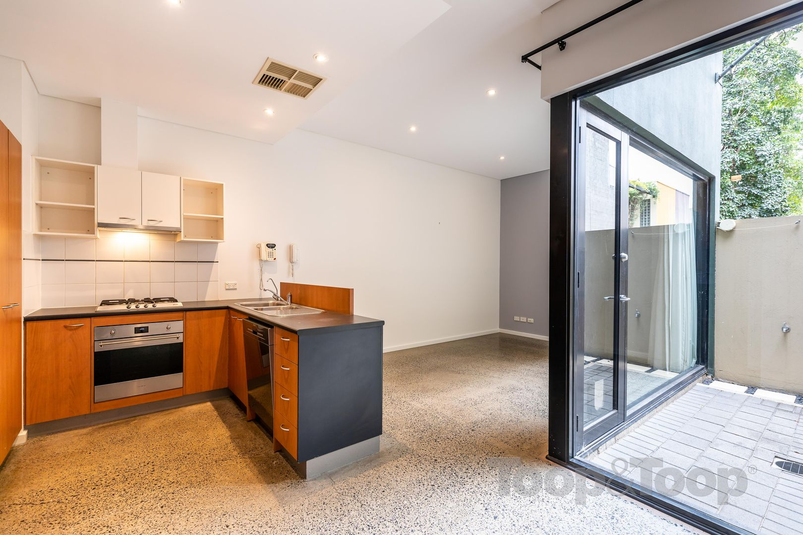 14 Sparman Close, Adelaide SA 5000, Image 0
