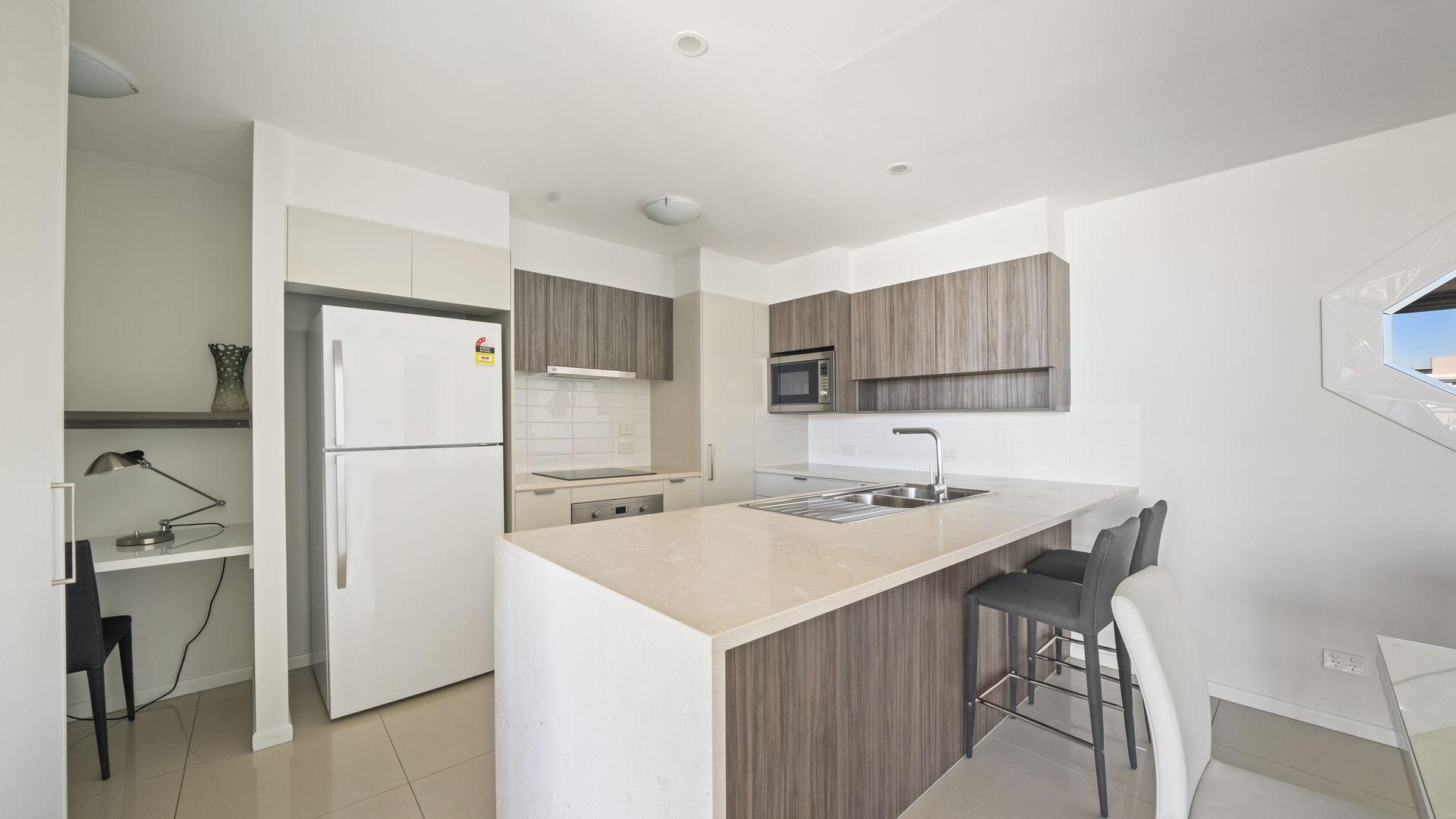 704/48 O'Keefe St, Woolloongabba QLD 4102, Image 2