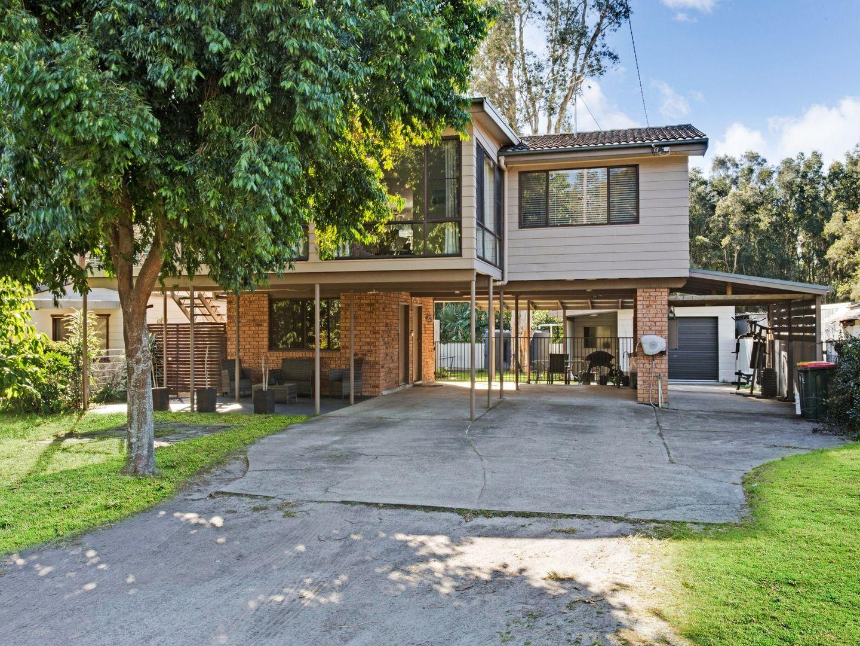 15 Taylor Road, Taylors Beach NSW 2316, Image 0