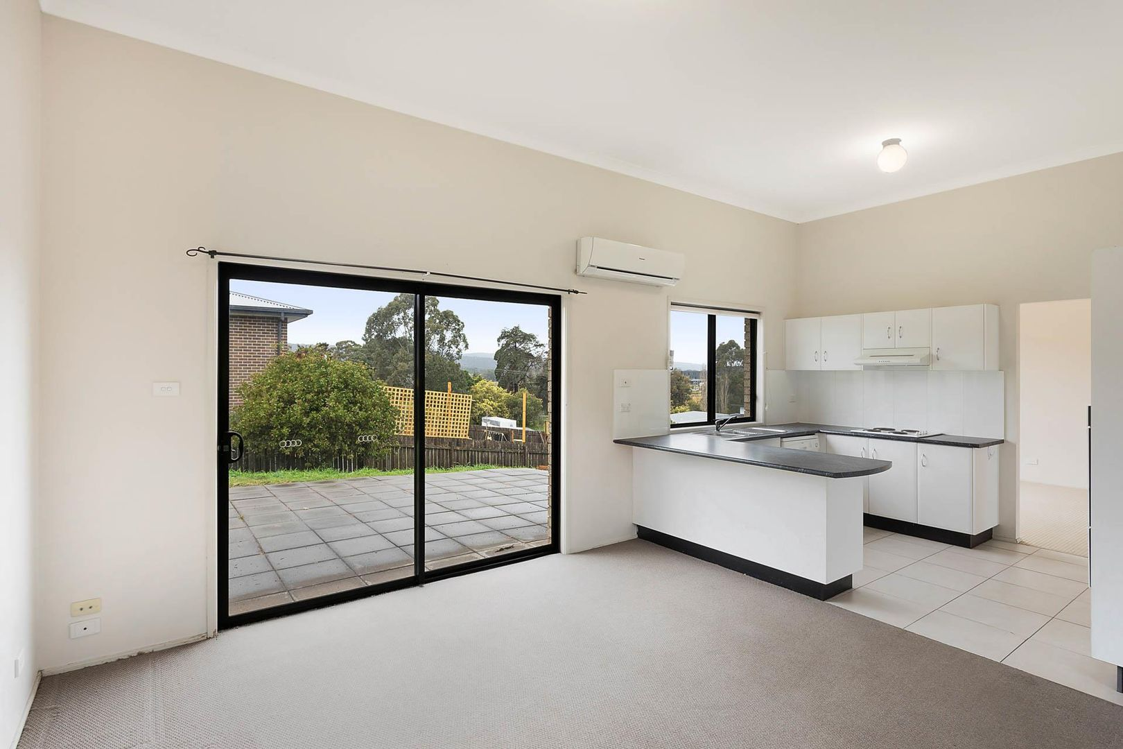1 Glen Mia Drive, Bega NSW 2550, Image 2