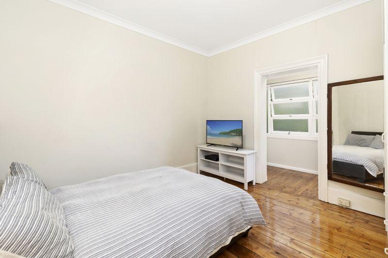 66 Mill Hill Road, Bondi Junction NSW 2022, Image 2