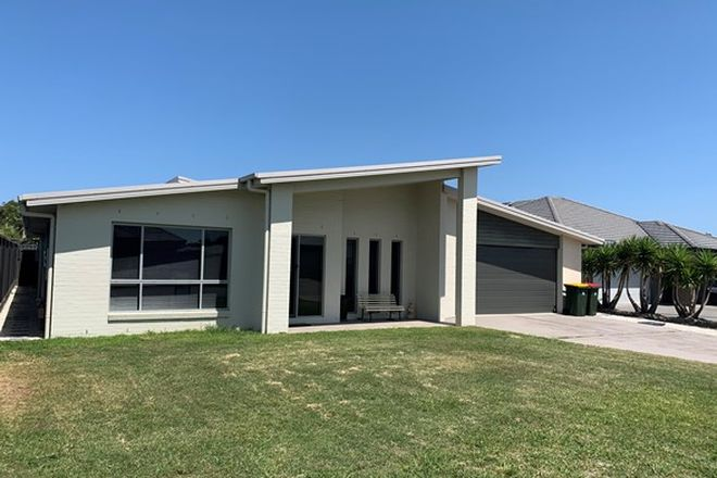 Picture of 8 Sygna Street, FERN BAY NSW 2295