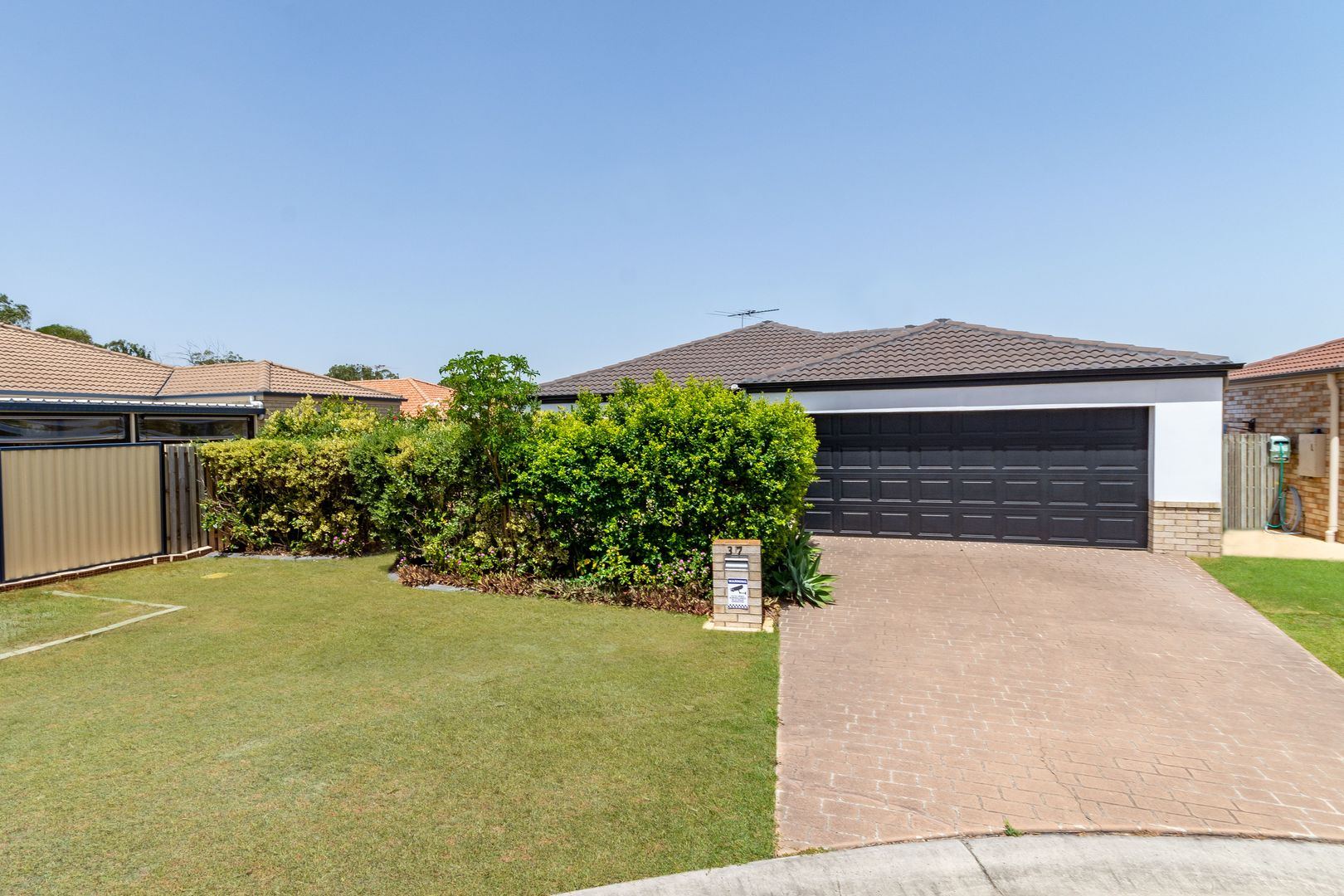 37 Eimeo Place, Sandstone Point QLD 4511, Image 0