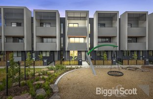 Picture of 5 Celeste Walk, Clayton South VIC 3169
