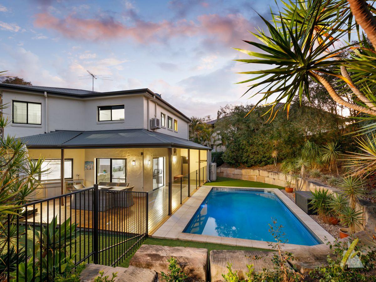 18 Parklane Terrace, Brookfield QLD 4069, Image 0