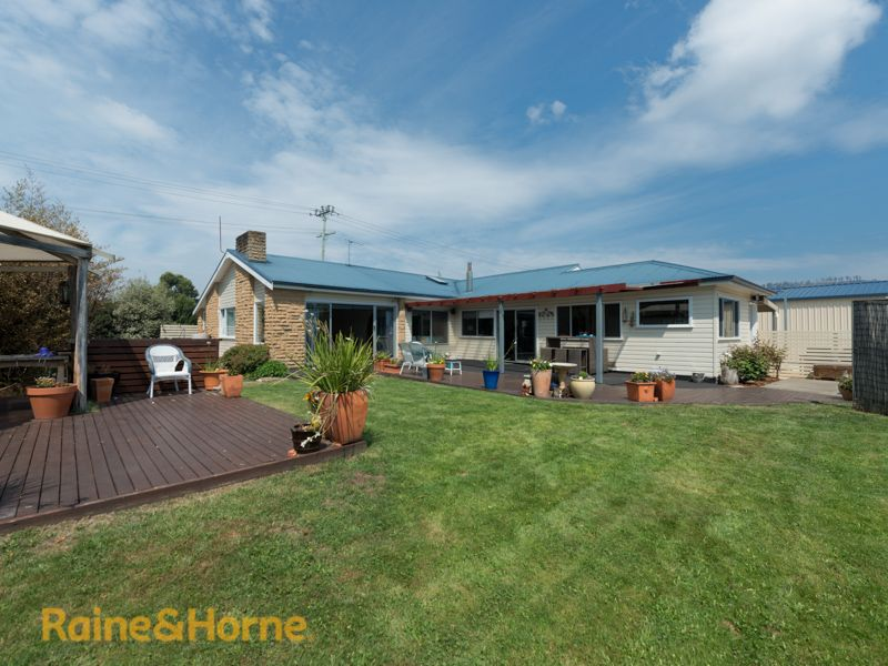 216 Roches Beach Road, Roches Beach TAS 7170, Image 0