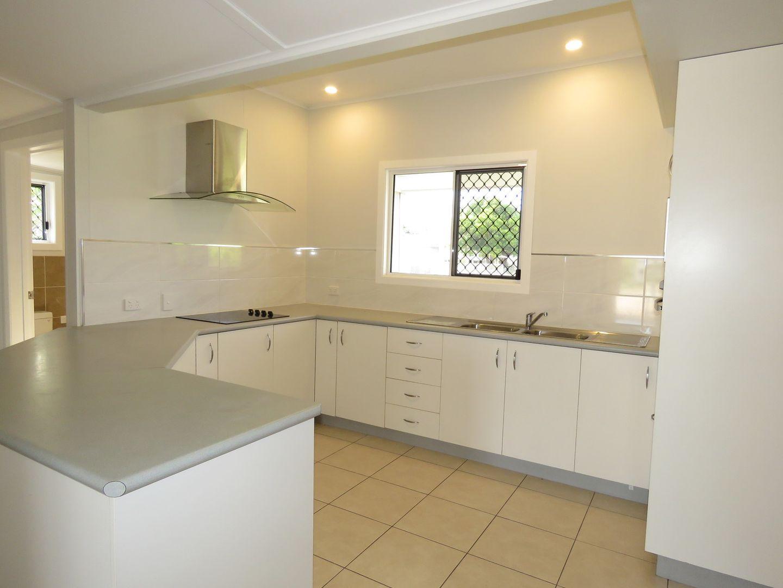 35 Dalrymple Street, Bowen QLD 4805, Image 2