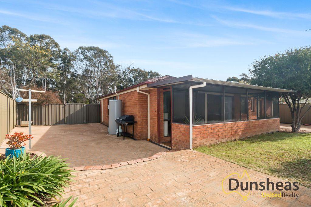 7 Bunker Street, Minto NSW 2566, Image 2