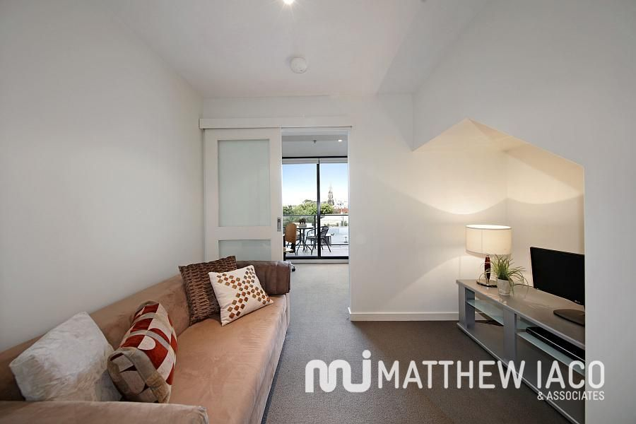 41/589 Glenferrie Road, Hawthorn VIC 3122, Image 2
