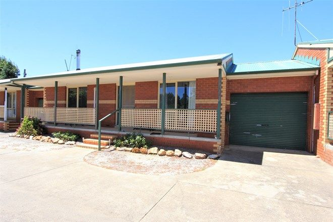 Picture of 2/33 Beauchamp Street, HEATHCOTE VIC 3523