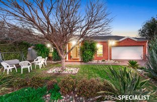 Picture of 7 Girraween Place, Caroline Springs VIC 3023