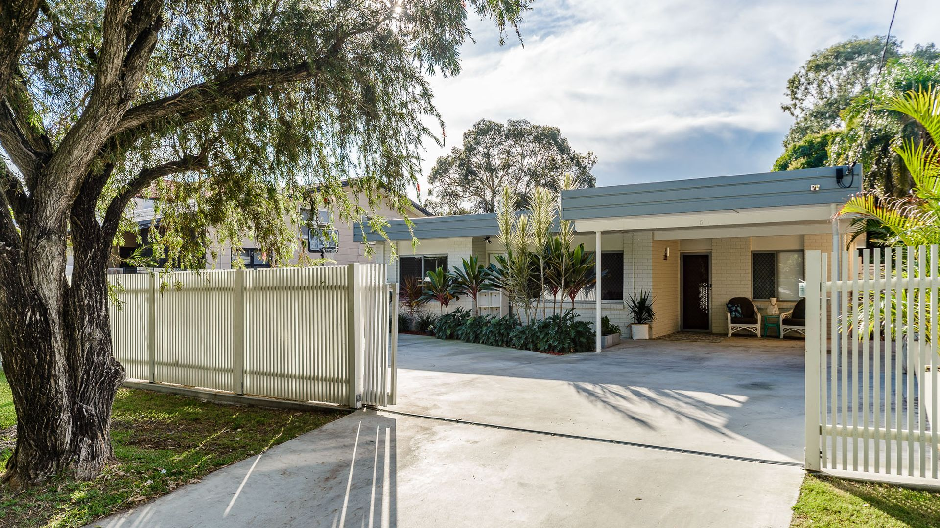 5 Azalea Avenue, Hollywell QLD 4216, Image 1