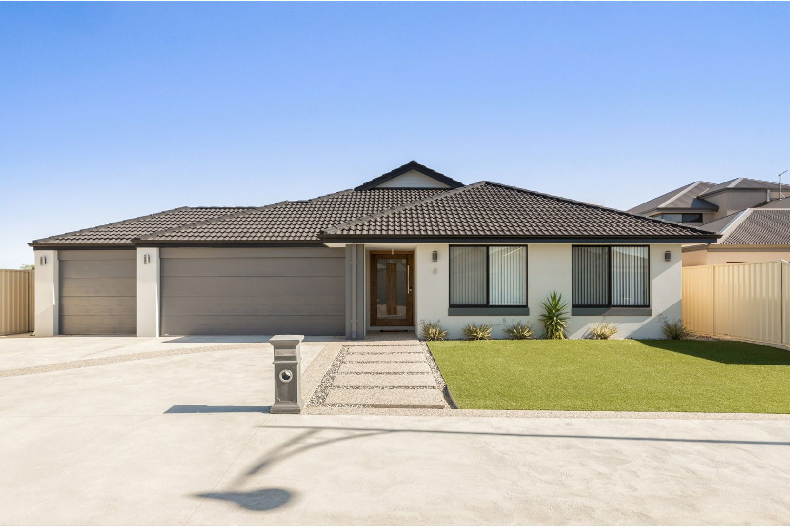 8 Hawley Way, Madora Bay WA 6210, Image 1
