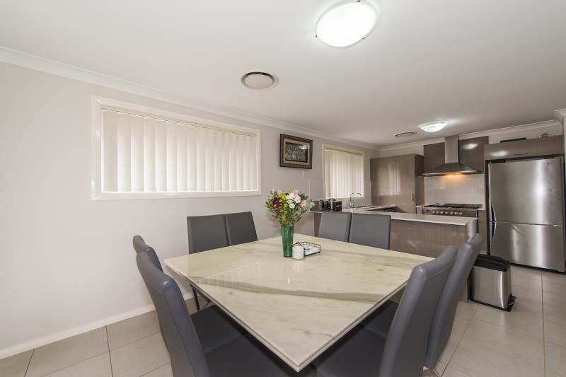 22 Tengala Drive, Jordan Springs NSW 2747, Image 2