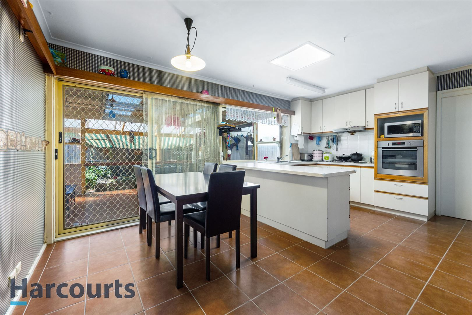 4 Olive Place, Melton West VIC 3337, Image 2
