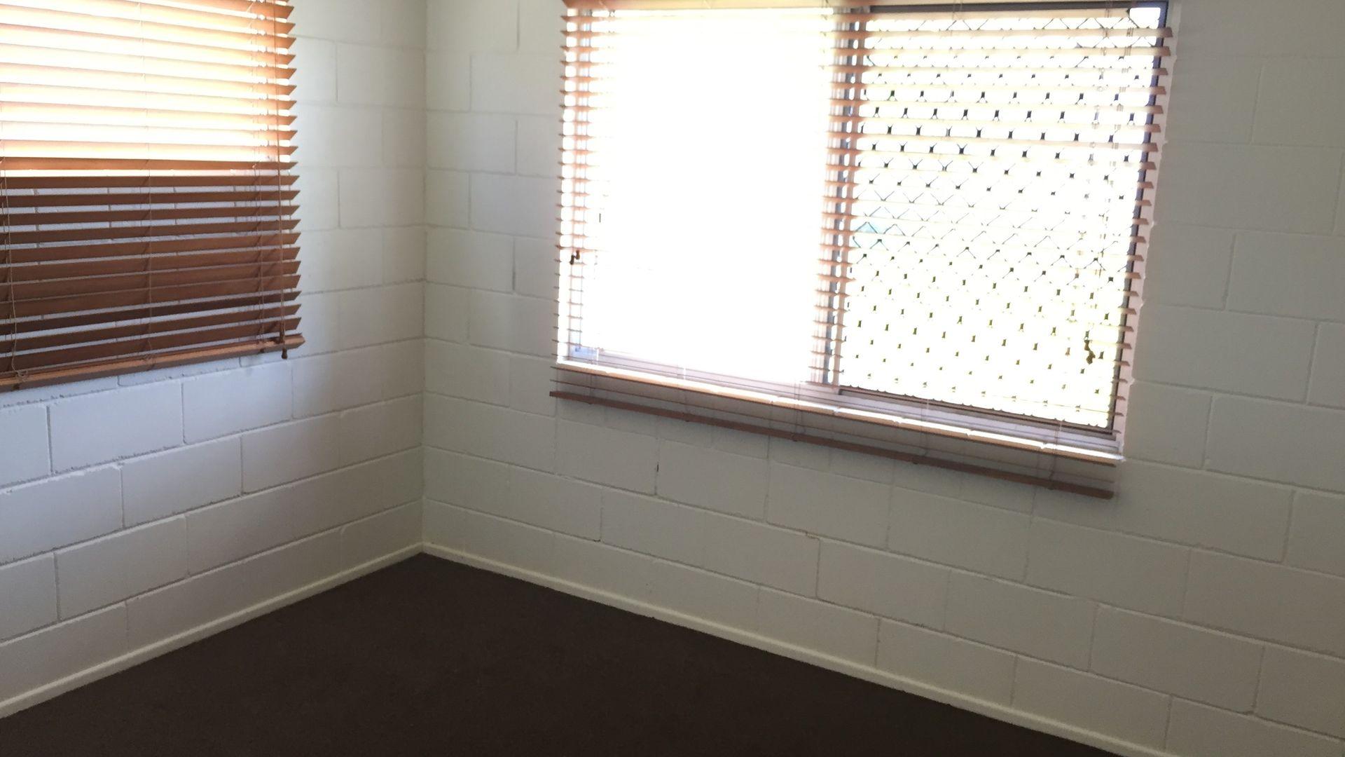 Unit 1/37 Fort St, Maryborough QLD 4650, Image 2