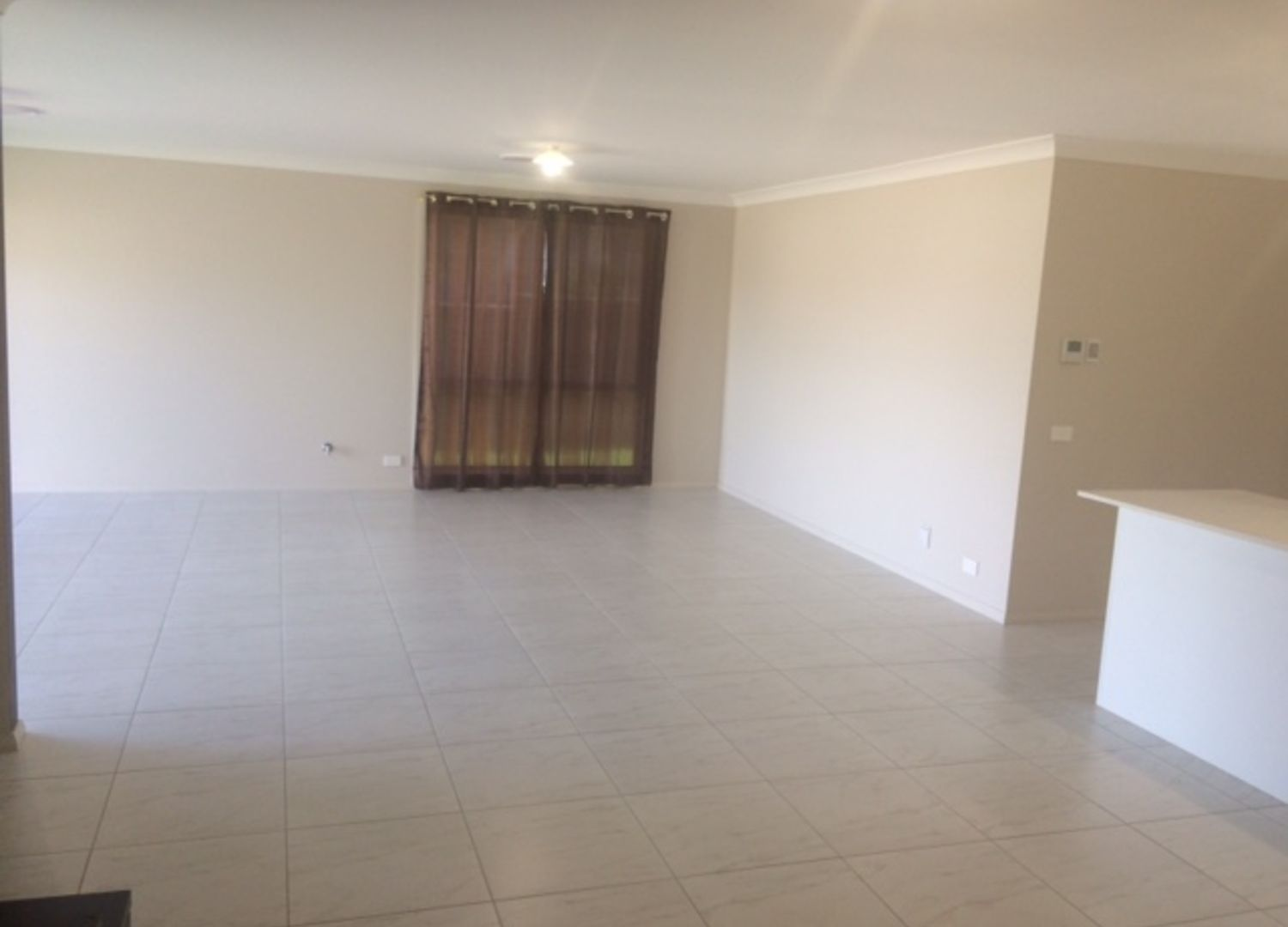 147 Mary Ann Drive, Glenfield NSW 2167, Image 2
