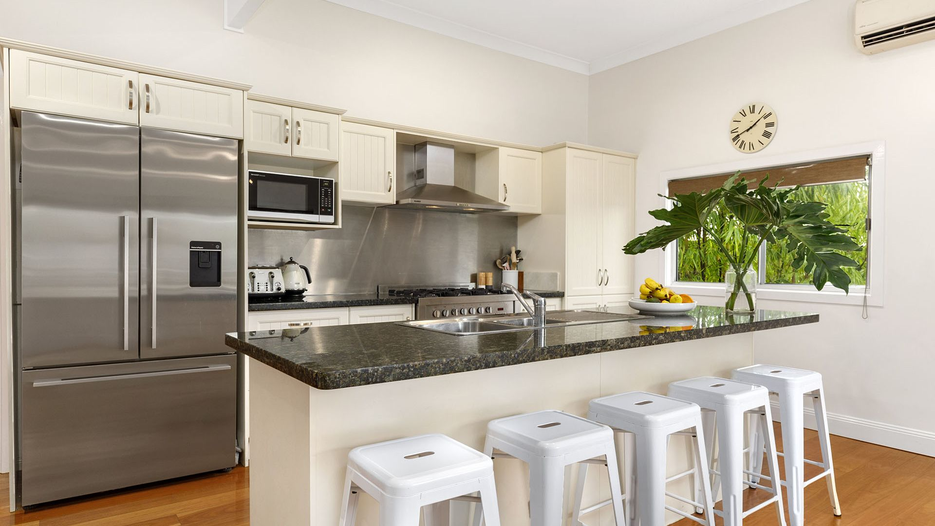 52 Inwood Street, Wooloowin QLD 4030, Image 1