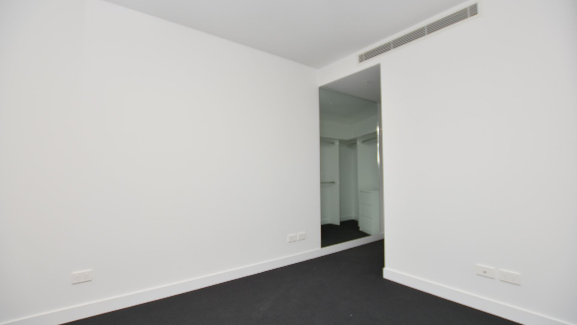 REF 08106W/42 Balston Street, Southbank VIC 3006, Image 2