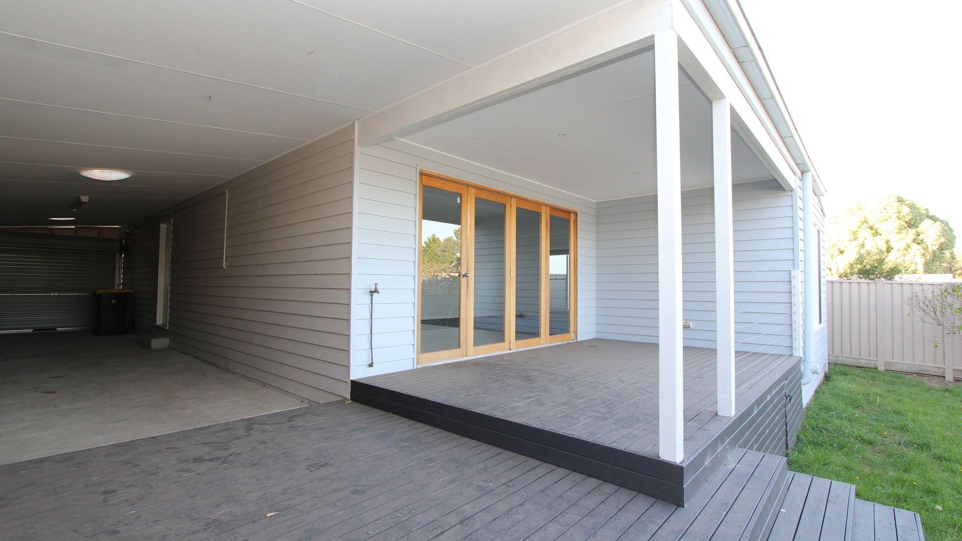 44 Hopetoun Street, Ballarat East VIC 3350, Image 2