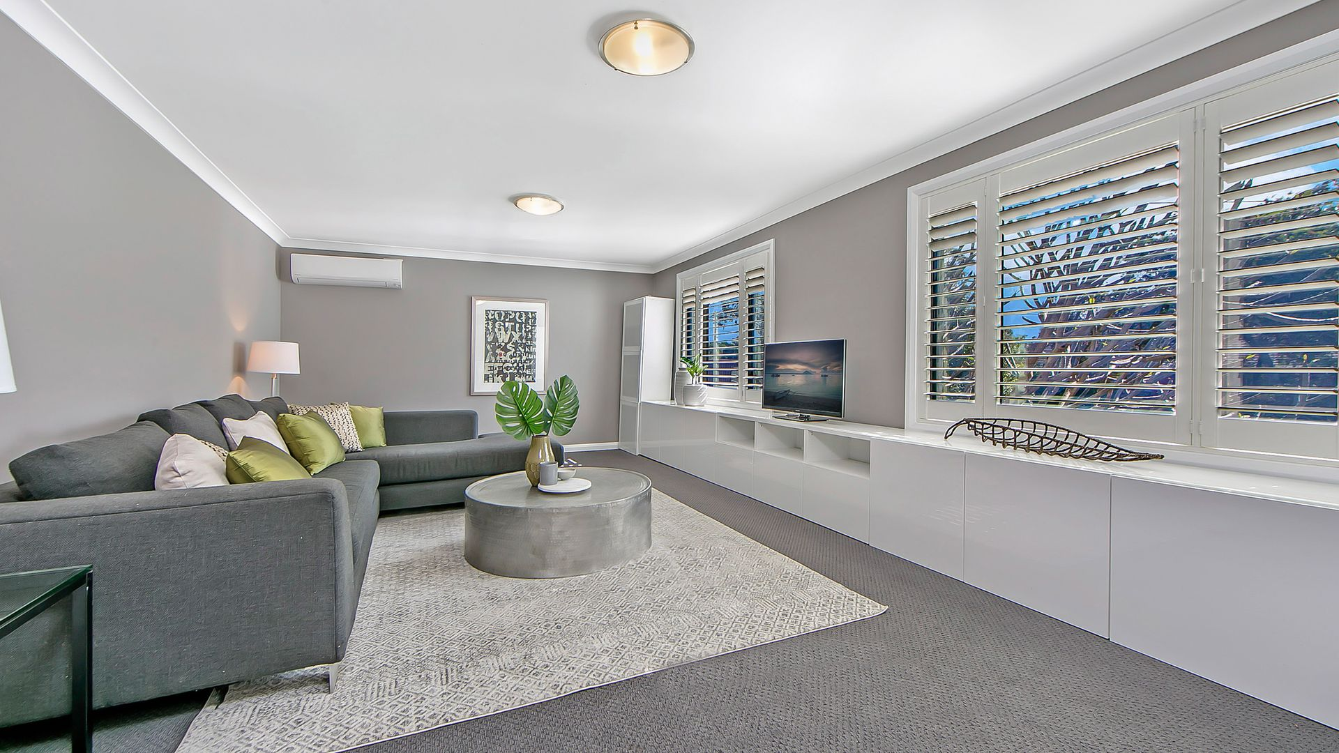 16 Southleigh Avenue, Castle Hill NSW 2154, Image 2
