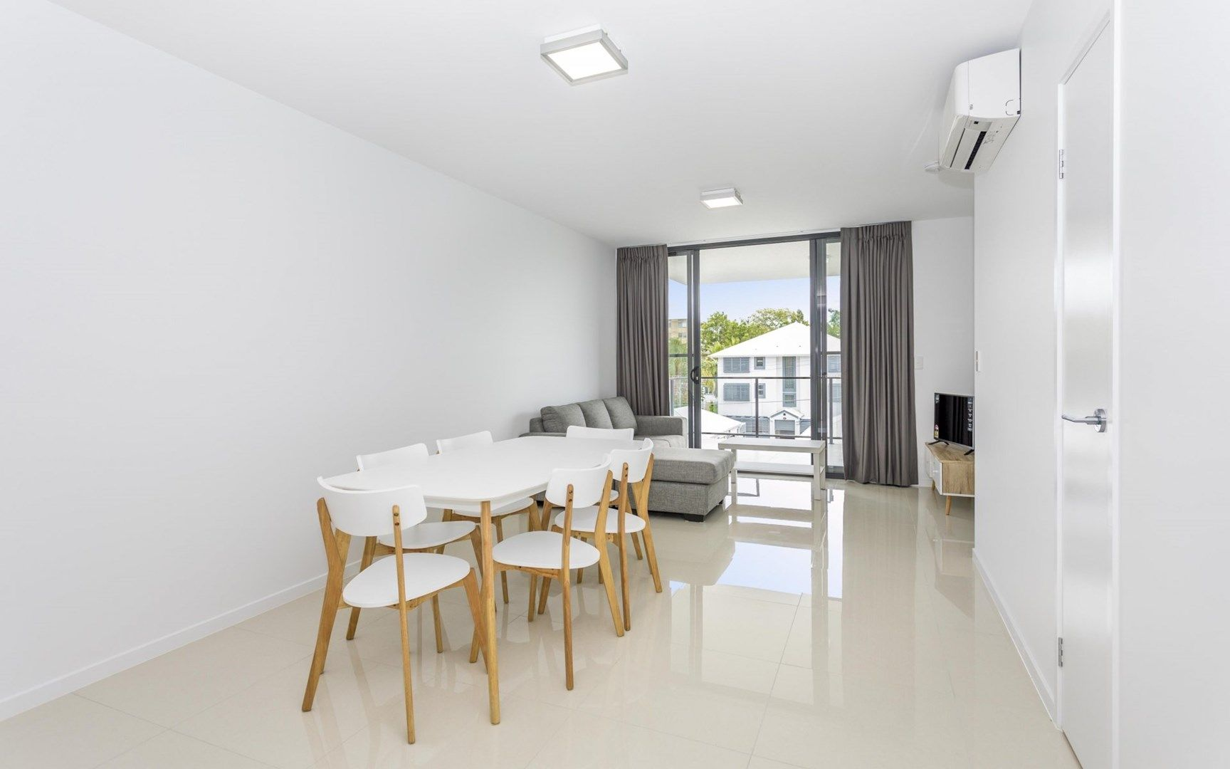208/65 Depper Street, St Lucia QLD 4067, Image 2
