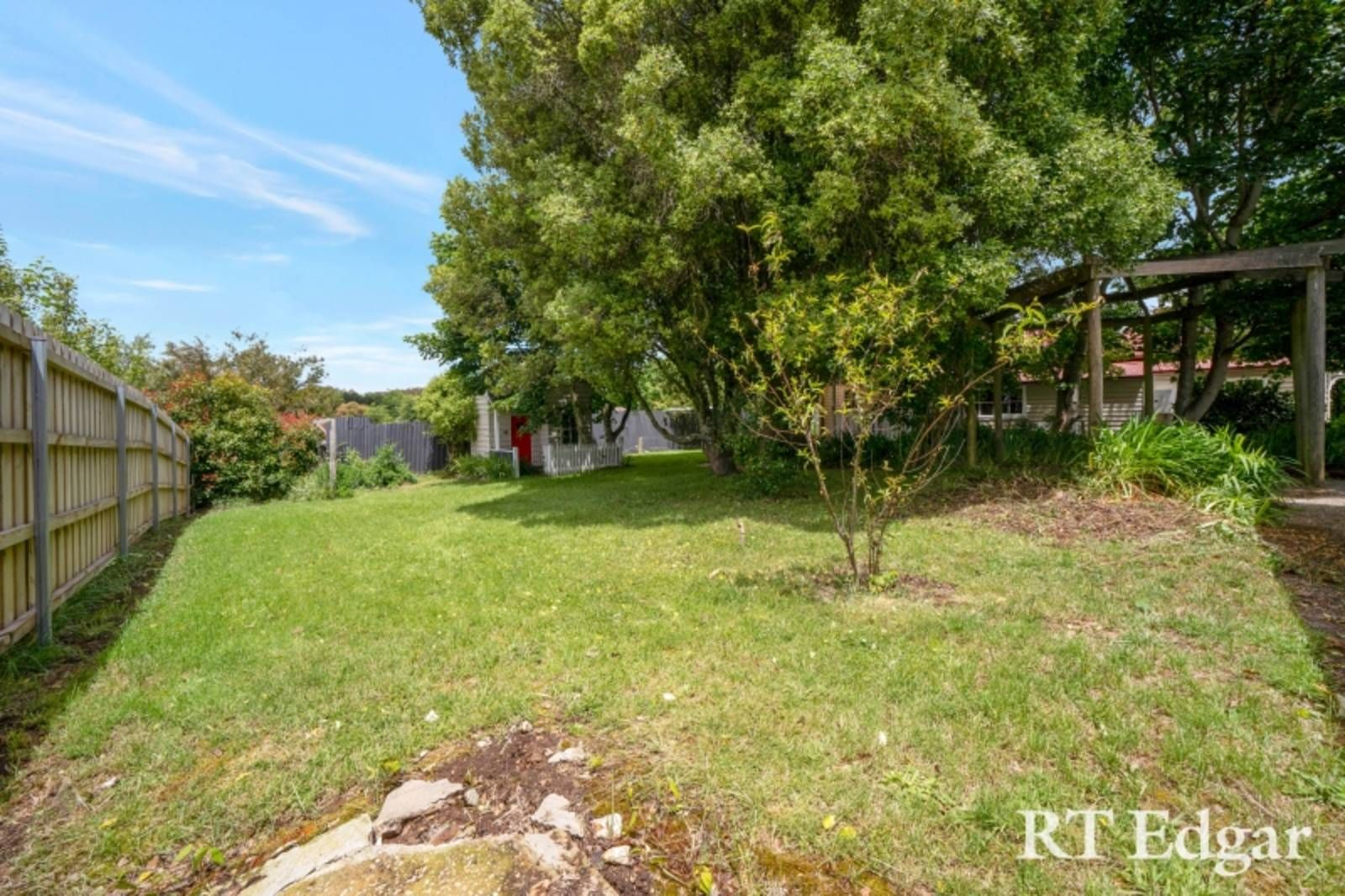 Lot 2/5 South Street, Trentham VIC 3458, Image 2