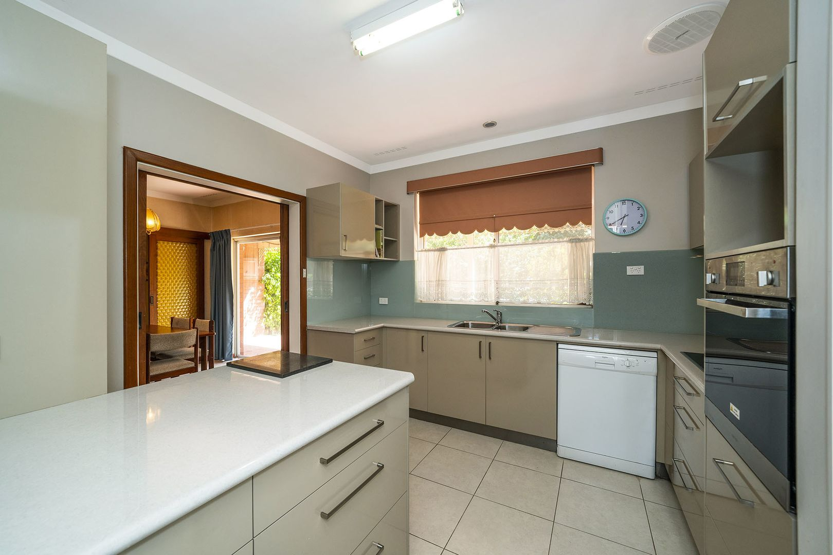 2 Skipton Way, City Beach WA 6015, Image 2