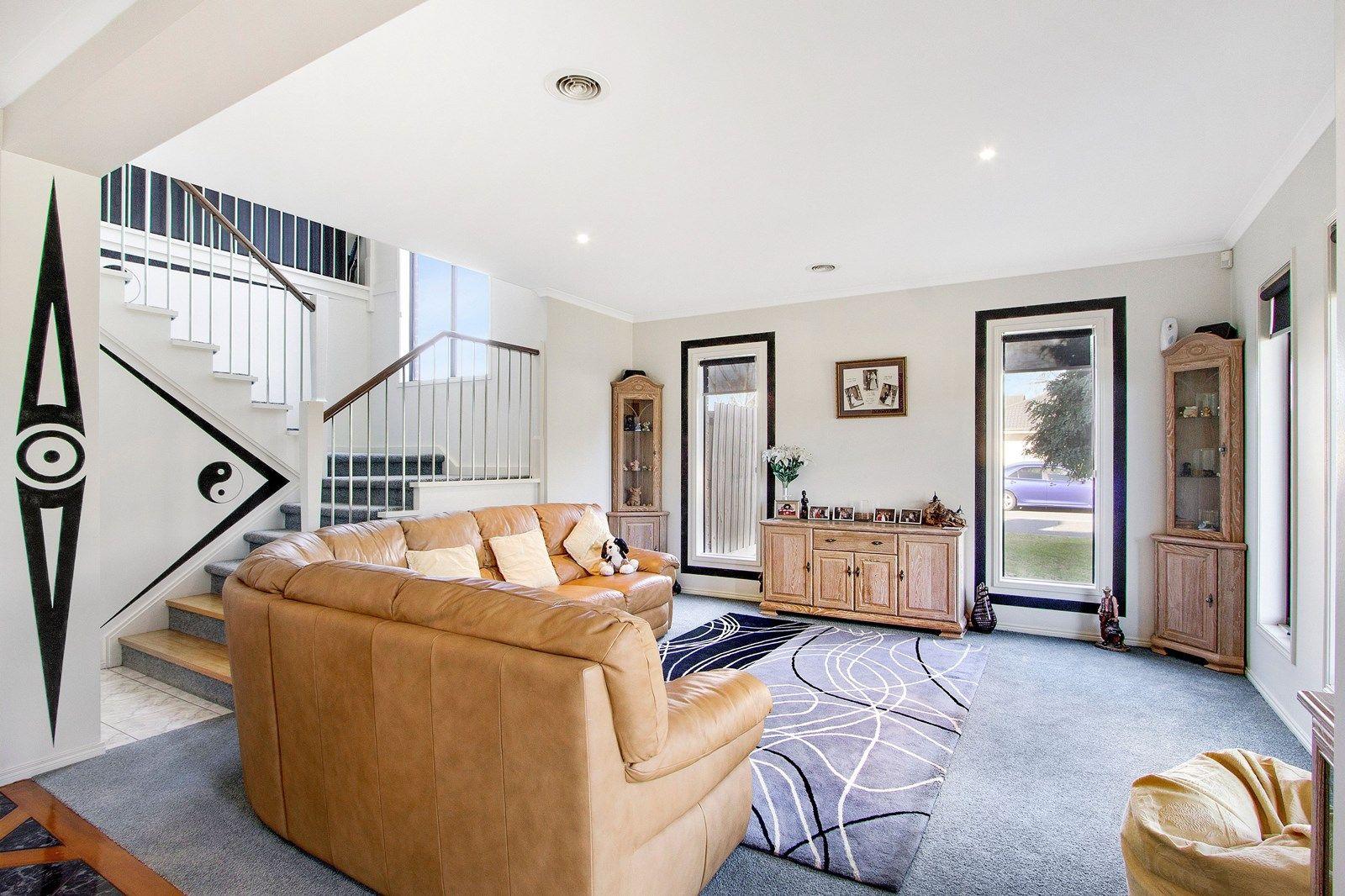 65 Clifton Park Dve, Carrum Downs VIC 3201, Image 2