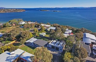 Picture of 68 Tiger Head Road, Dodges Ferry TAS 7173