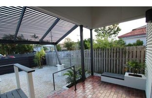 Picture of 47 Musgrave Avenue, Labrador QLD 4215
