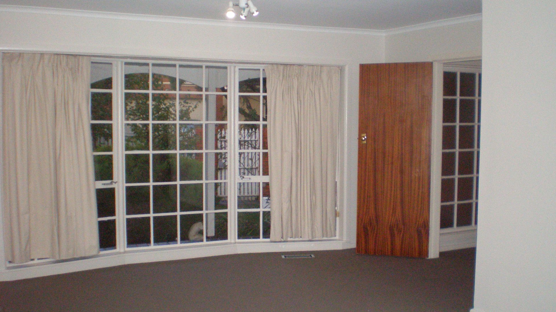 393 Balcombe Road, Beaumaris VIC 3193, Image 2