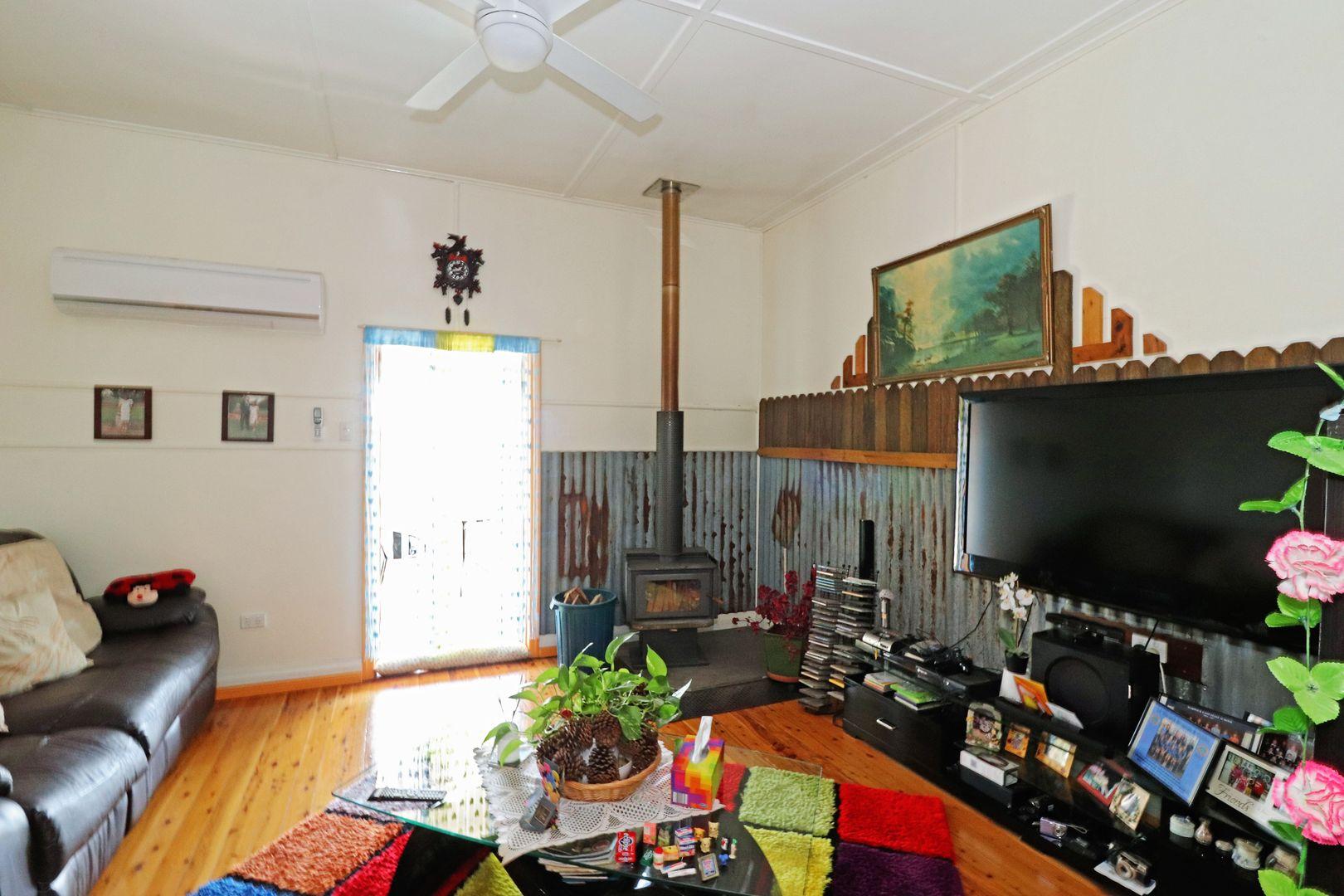 224 Wood Street, Warwick QLD 4370, Image 2