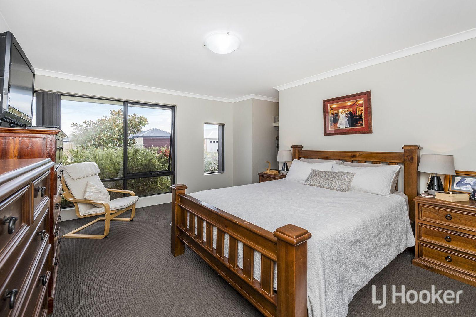 13 Waverley Road, Australind WA 6233, Image 2
