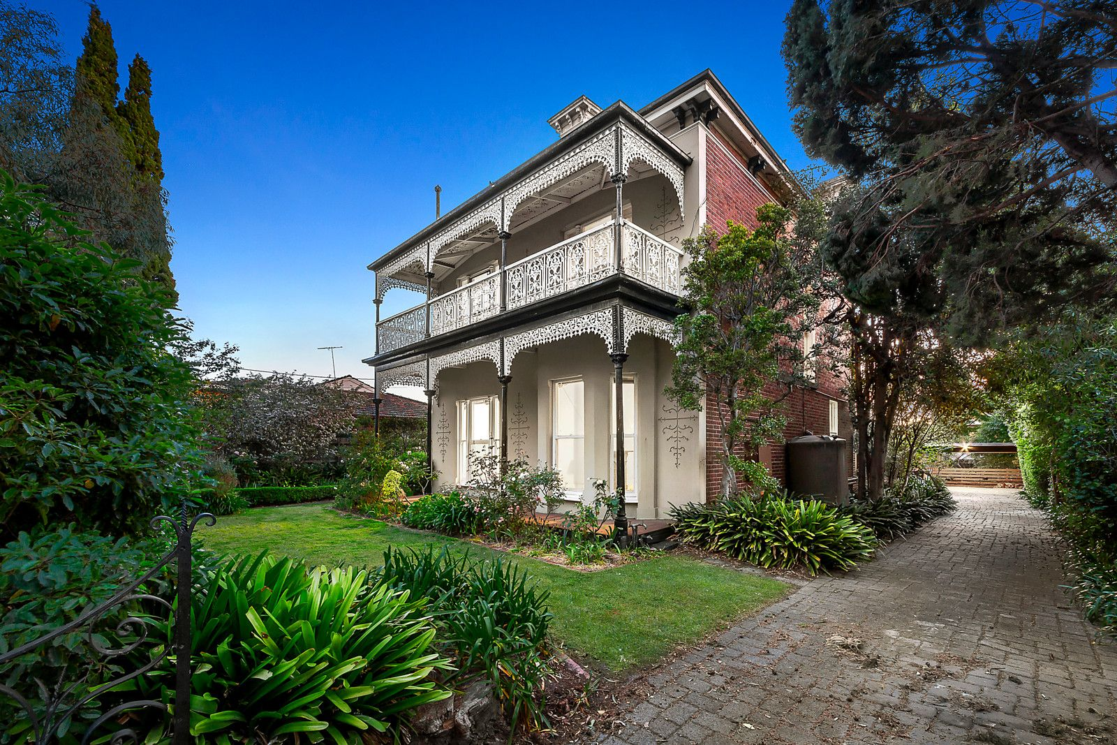 18 Black Street, Brighton VIC 3186, Image 0