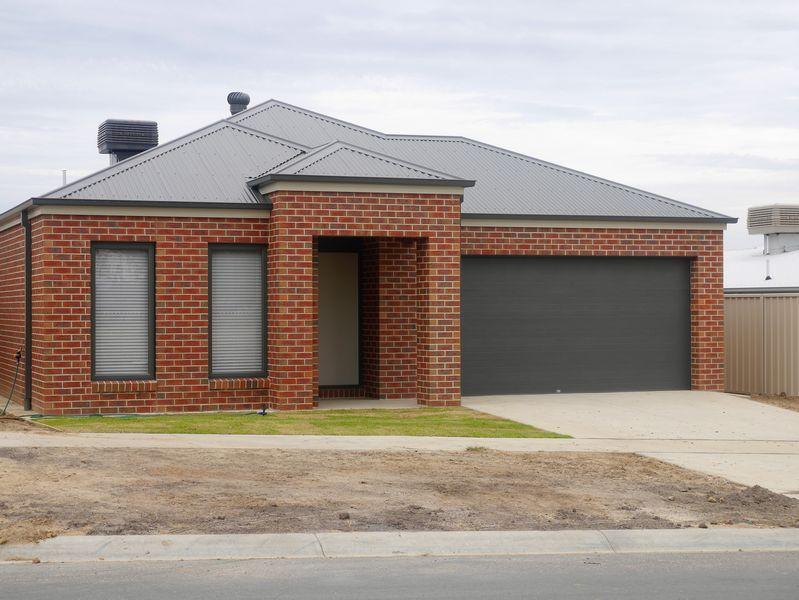 18 Rogers Avenue, Wodonga VIC 3690, Image 0
