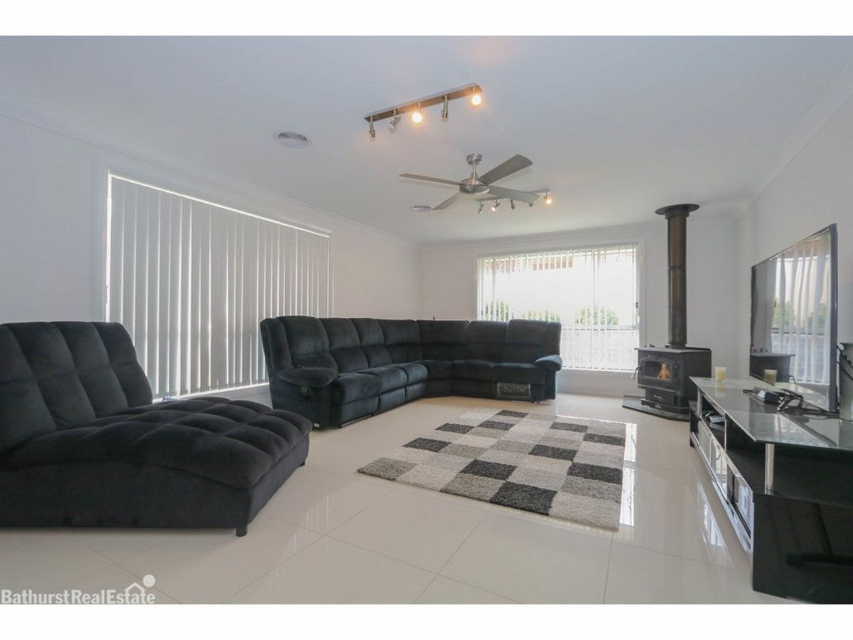 41 Wentworth Drive, Kelso NSW 2795, Image 1