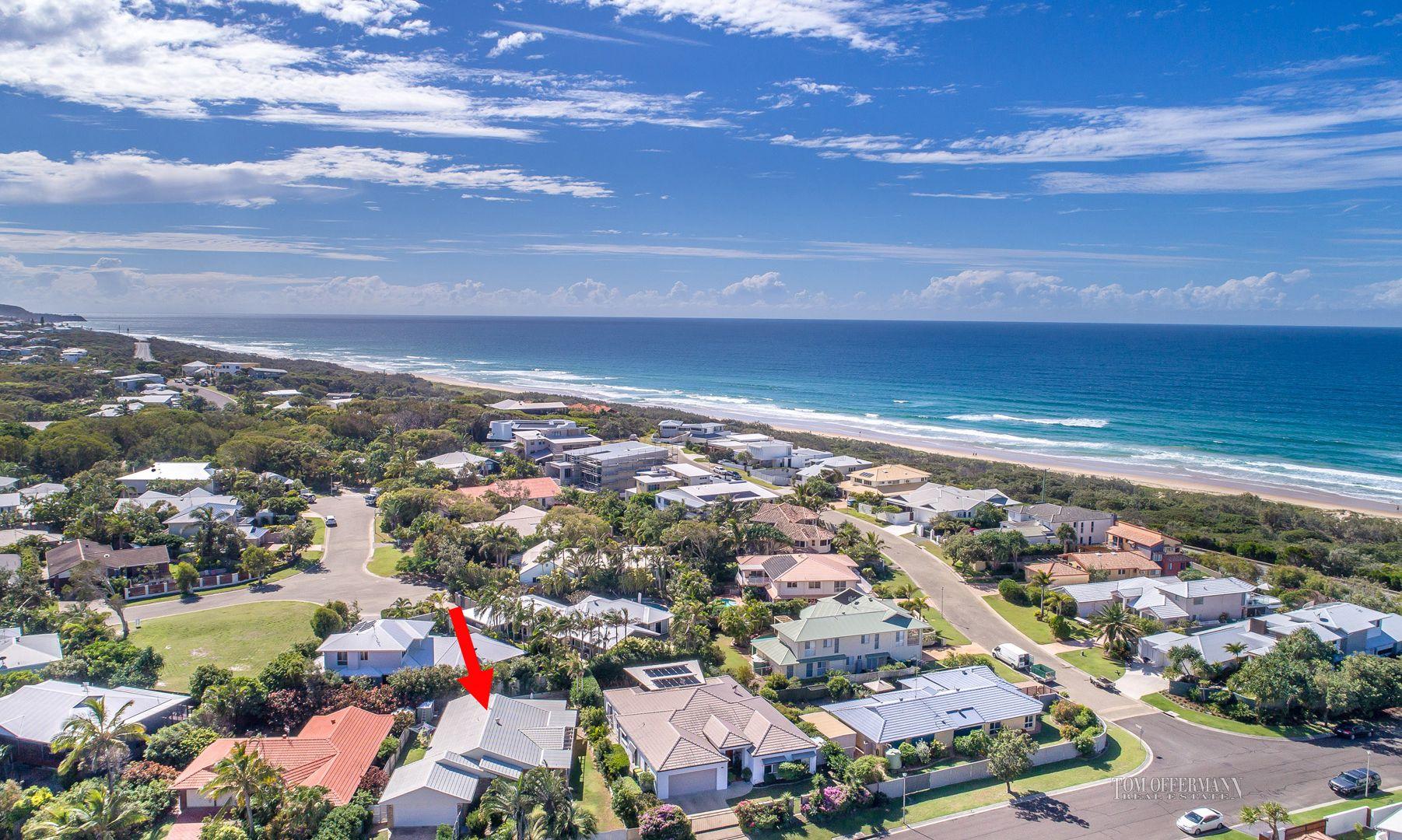 8 Wavecrest Drive, Castaways Beach QLD 4567, Image 2