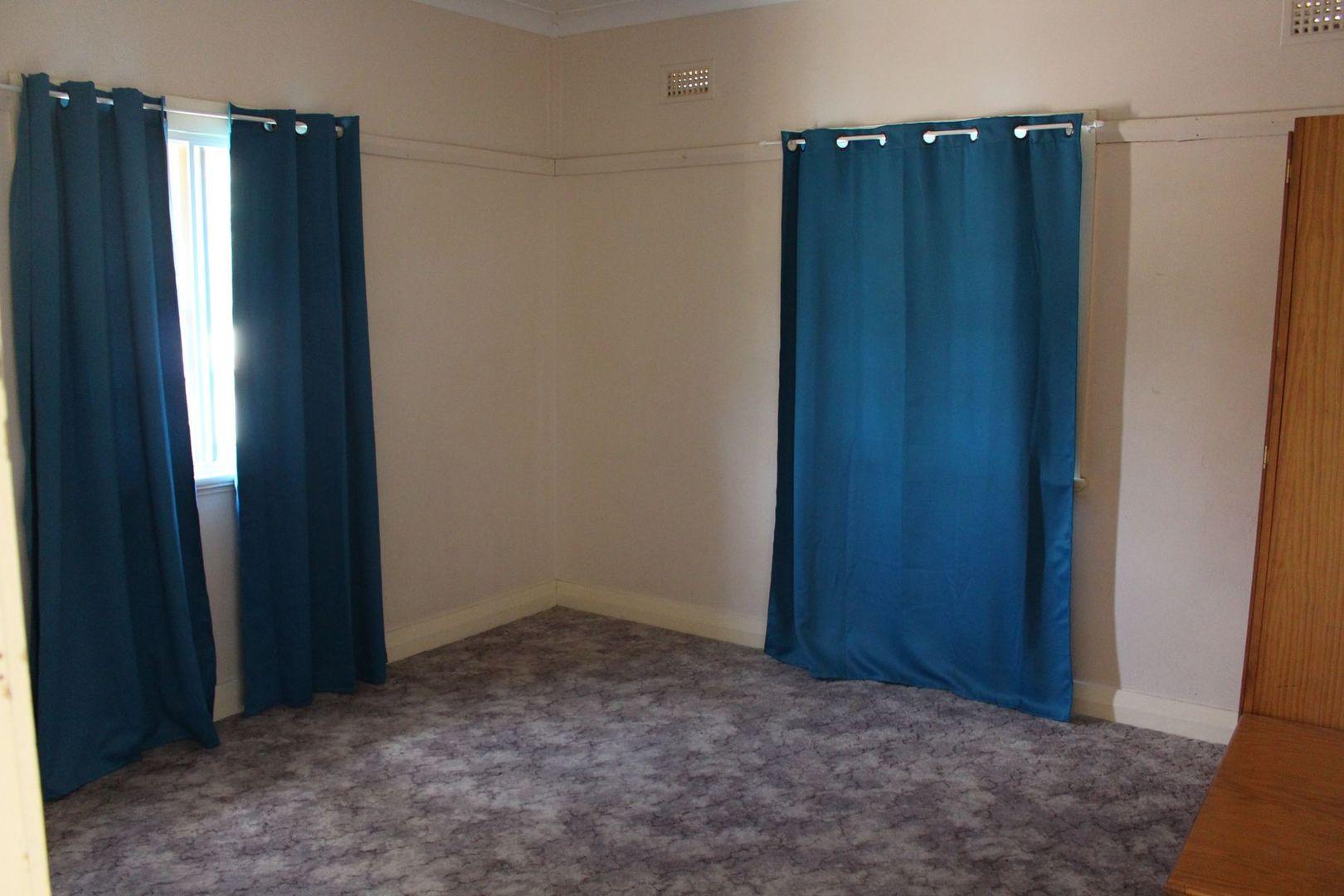56 Ross Street, Inverell NSW 2360, Image 2
