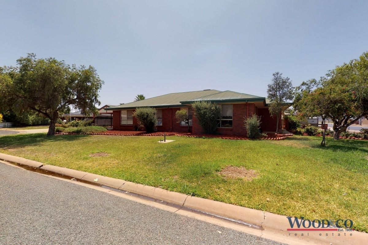 4 Poole Boulevard, Swan Hill VIC 3585, Image 0