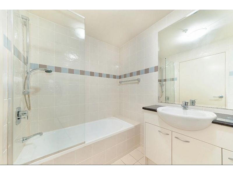 504/23-29 Hunter Street, Hornsby NSW 2077, Image 2