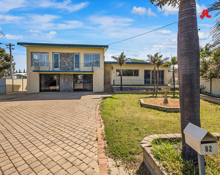 82 Leighton Road, Halls Head WA 6210, Image 1