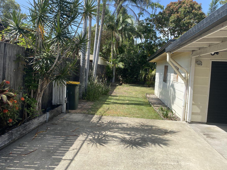 23 Bando Street, Pacific Paradise QLD 4564, Image 2