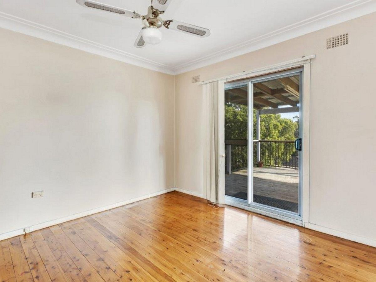 42 Marlin Avenue, Floraville NSW 2280, Image 2