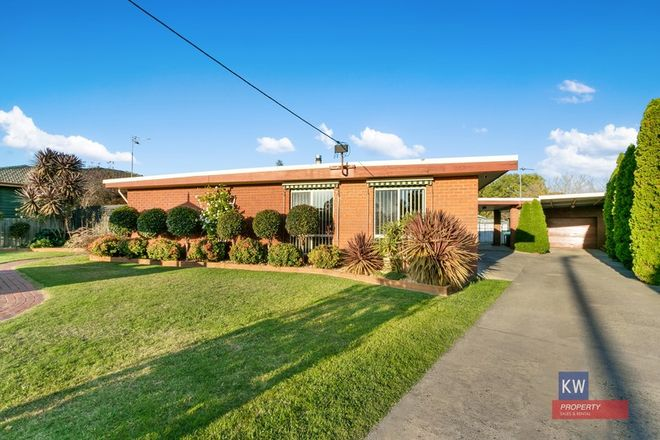 Picture of 14 Morrison Pde, GLENGARRY VIC 3854