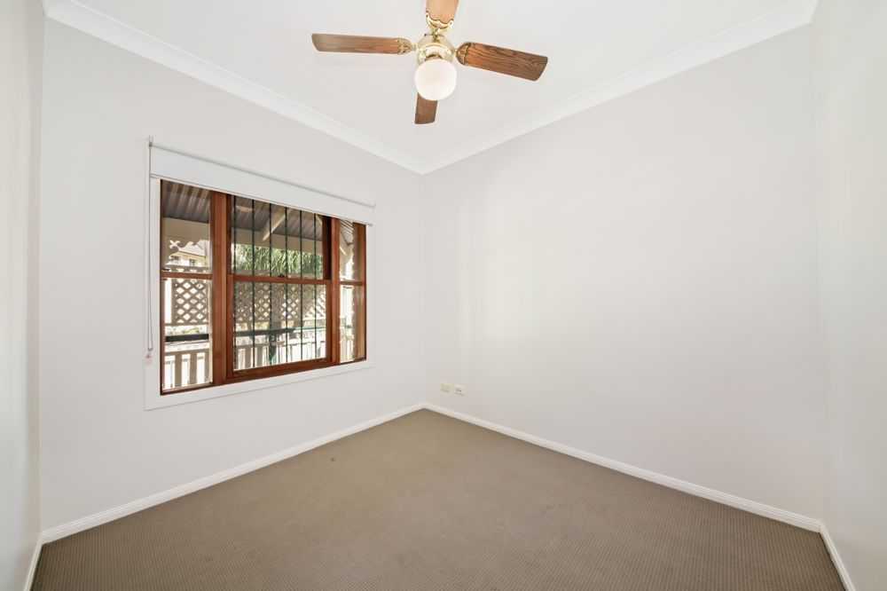 4 Eyre Court, Forest Lake QLD 4078, Image 2