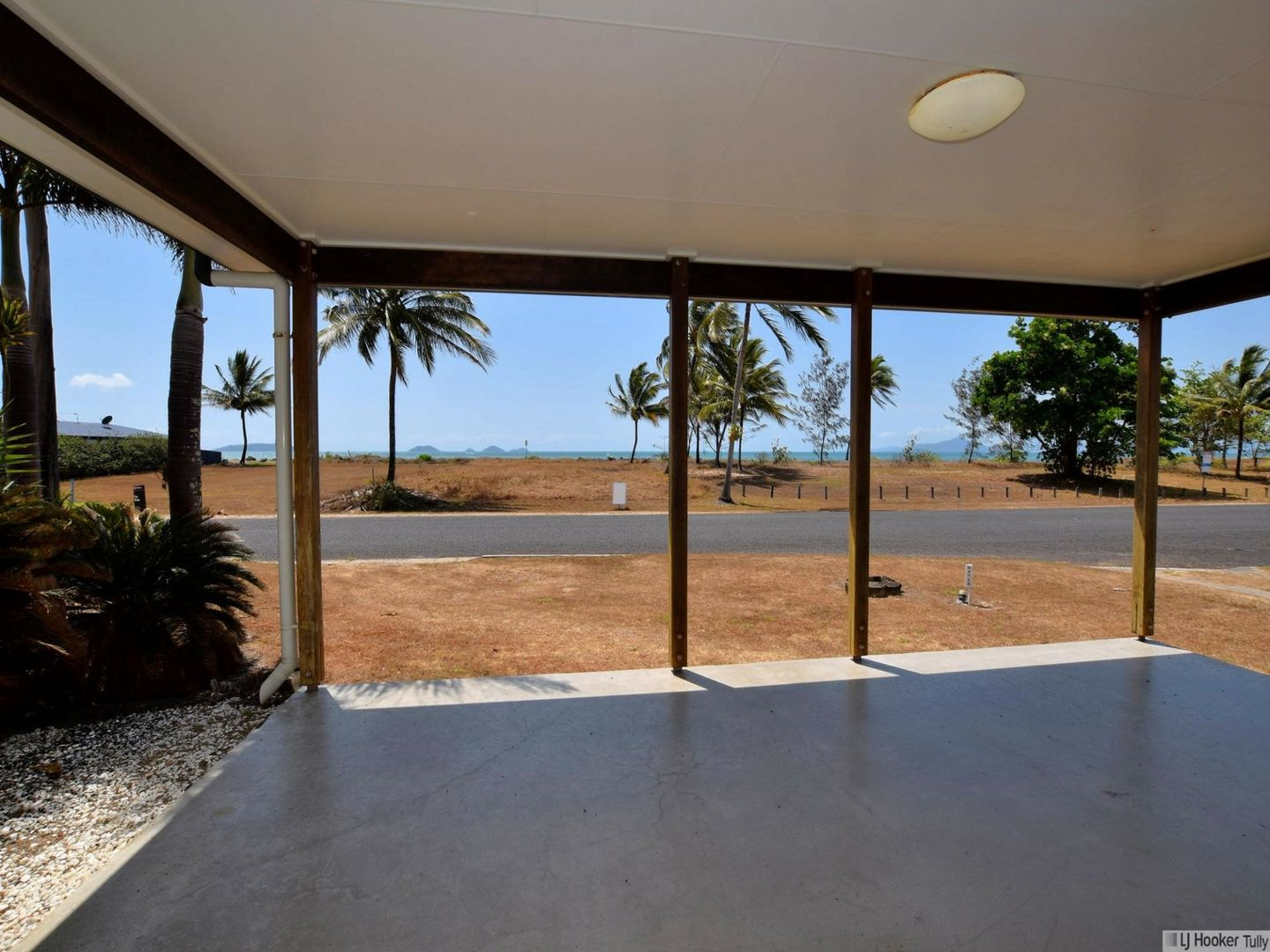27 Taylor Street, Tully Heads QLD 4854, Image 0