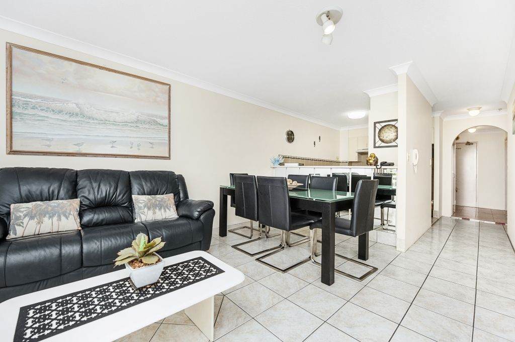 403/6 Coyne Street, Coolangatta QLD 4225, Image 2