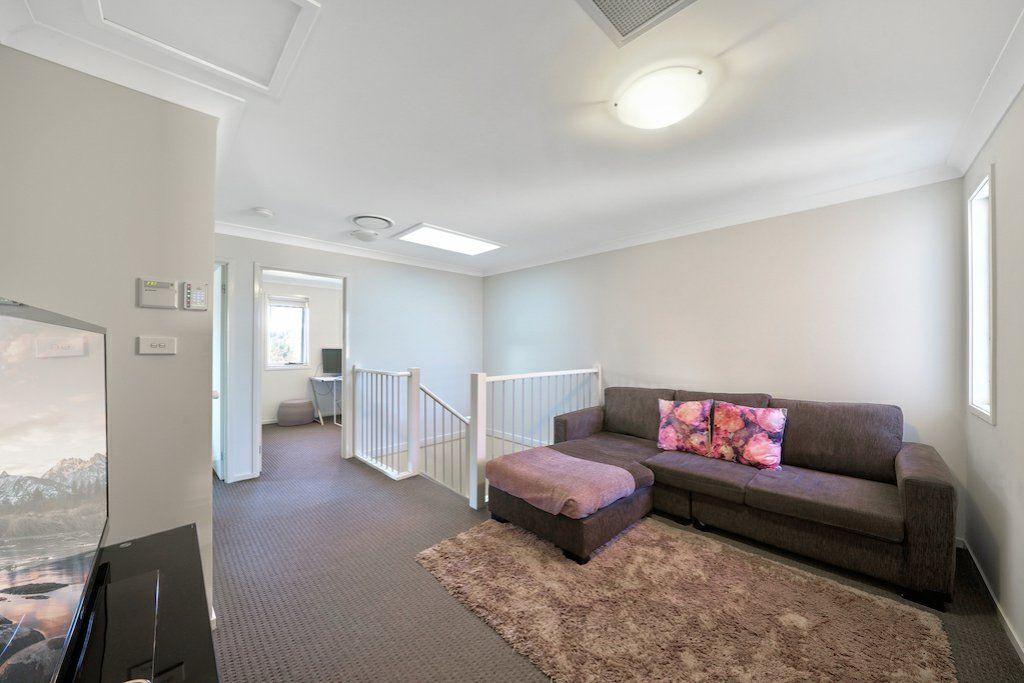 356 Liz Kernohan Drive, Elderslie NSW 2570, Image 2