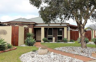 Picture of 8 Stokes Court, Point Cook VIC 3030